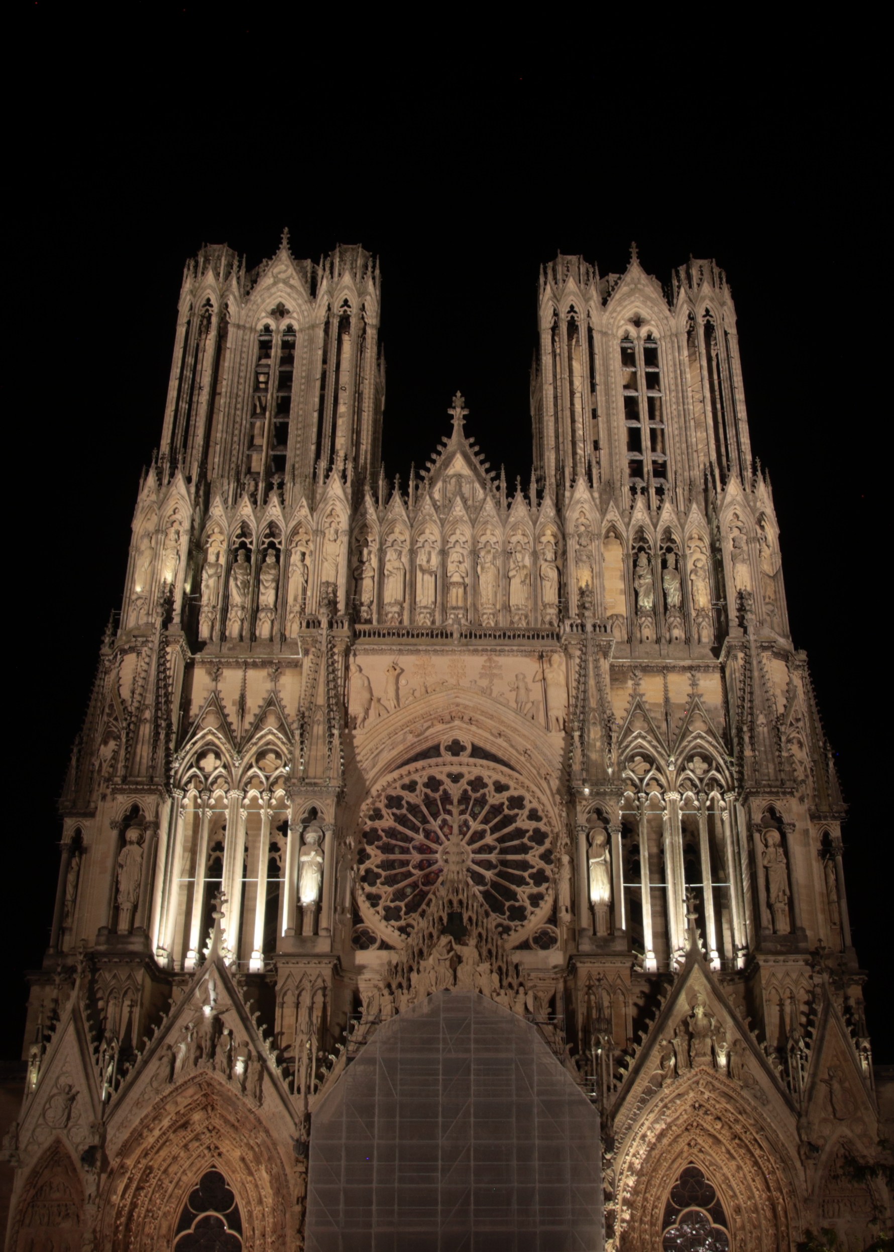 Night View Of The Notre Dame Reims Cathedral Photo Chloe Joubert Sundial Press